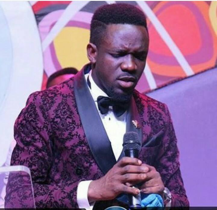 I GAVE UP GOING TO CHURCH BECAUSE OF WHAT PASTORS AND PROPHETS SAID ABOUT MY SITUATION BUT AFTER LISTENING AND PRAISING GOD WITH SONGS SANG BY PREYE ODEDE, GOD GAVE ME MY HEART DESIRE BY GIVING ME MY OWN CHILD– TOWLEROLIVIAA